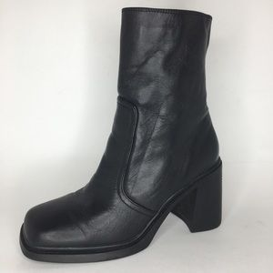Vintage 90's Black Leather Chunky Heel Boot Sz 10